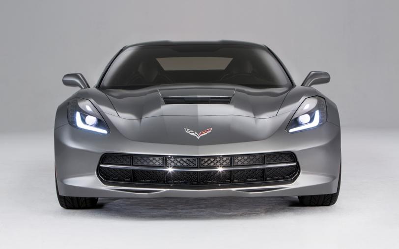 2014-Chevrolet-corvette-Stingray-front-end