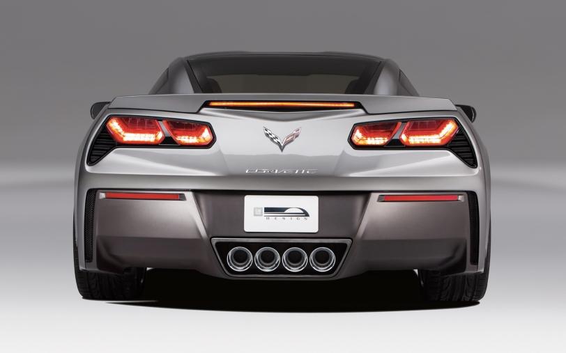 2014-Chevrolet-corvette-Stingray-rear-end