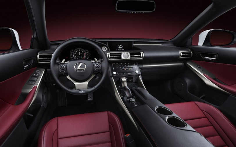 2014-Lexus-IS-350-F-Sport-cockpit-1024x640