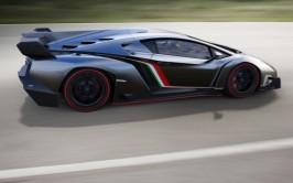Lamborghini-Veneno-side-in-motion-1024x640