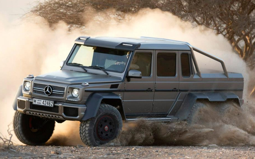 Mercedes-Benz-G63-AMG-6x6-front-three-quarters-dirt-drift-close-up