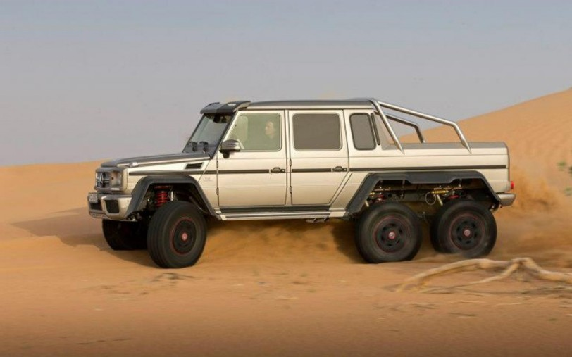 Mercedes-Benz-G63-AMG-6x6-side-offroading-1024x640